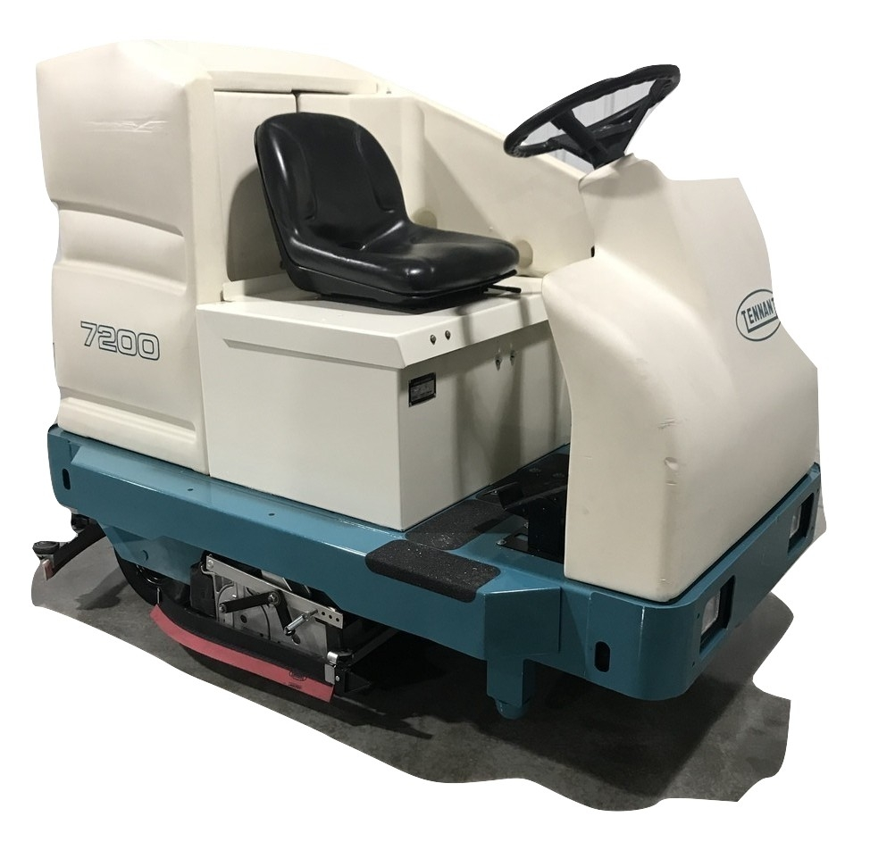 Tennant 7200 Ride On Riding Floor Scrubber 01