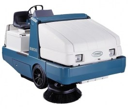 Tennant 6600 gas Rider Sweeper