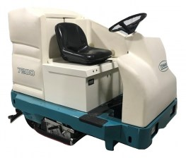 Tennant 7200 Ride On Riding Floor Scrubber 011